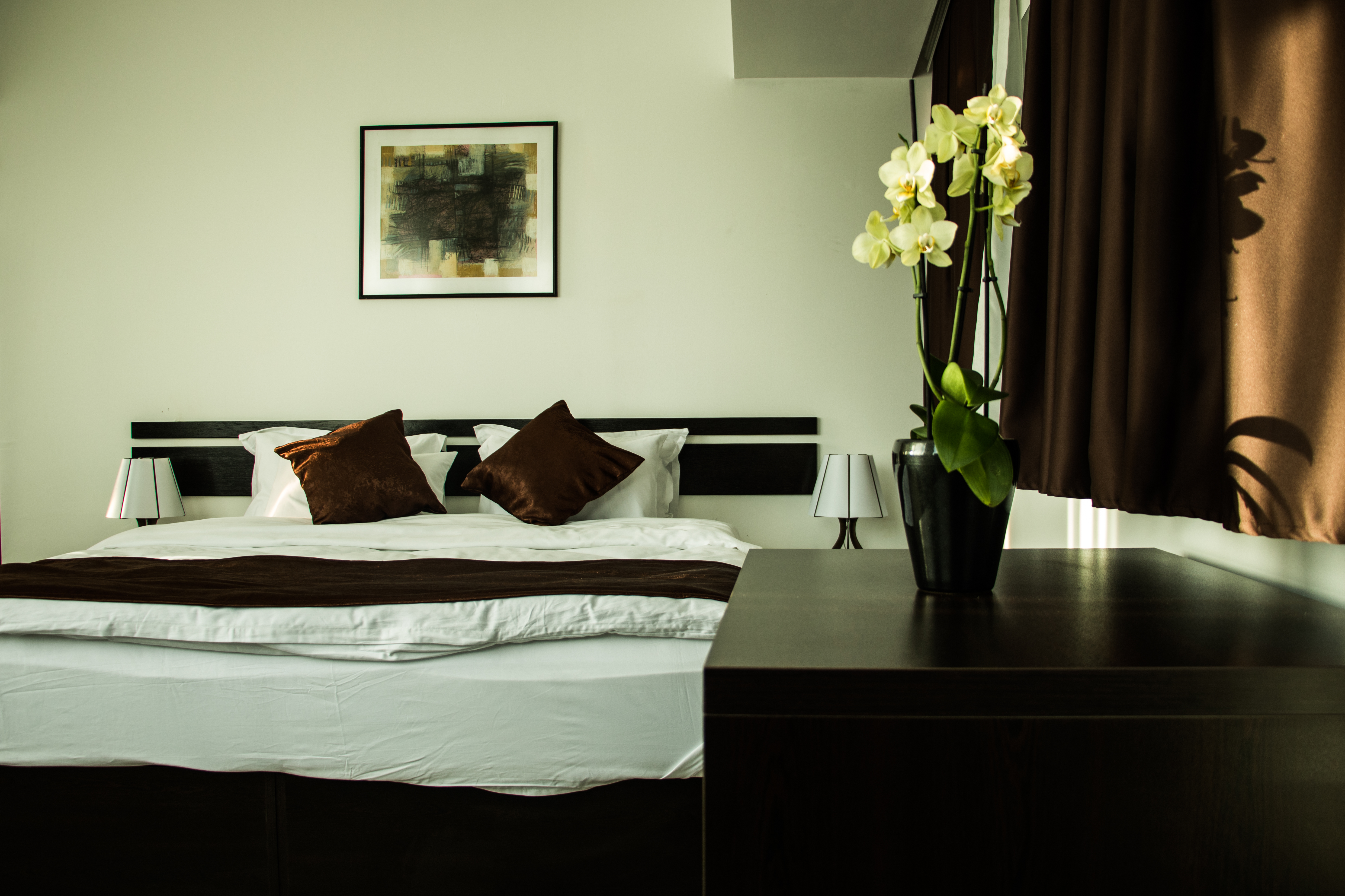 75- Double Room with King Bed